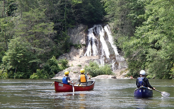 guided canoeing camping adventures