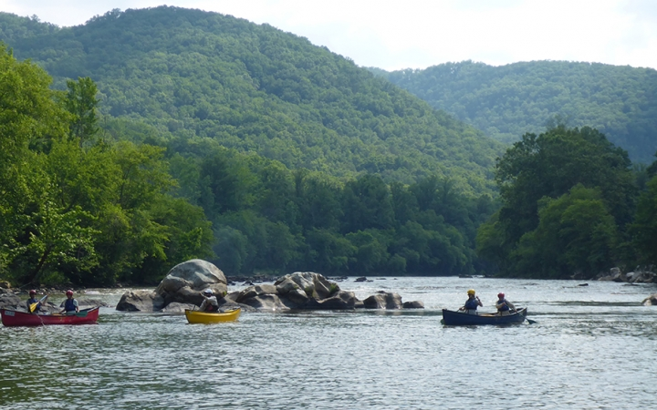 canoeing trip in north carolina