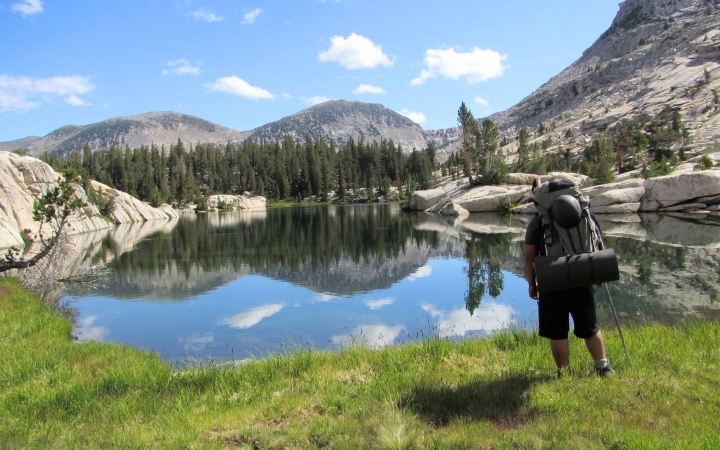 backpacking adventure trip for teens in yosemite