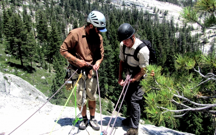 rock climbing course for teens in yosemite