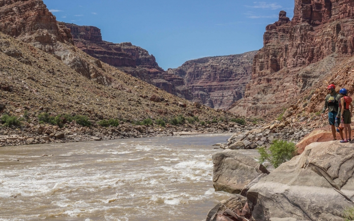 adults unplug on rafting trip in the southwest