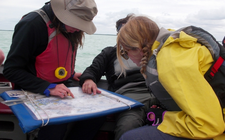 learn navigation skills on sailing course