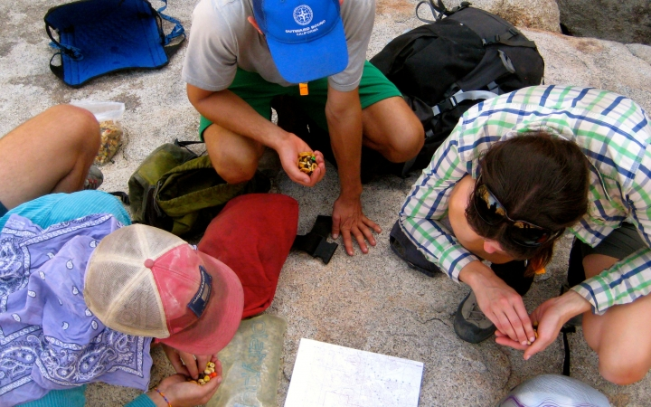 learn navigation skills on backpacking course