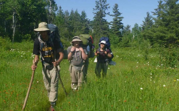 summer backpacking program for teens in the midwest