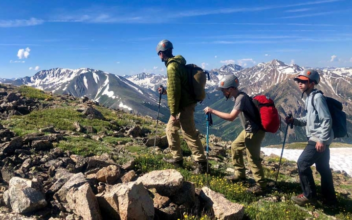 colorado rockies backpacking program for teens