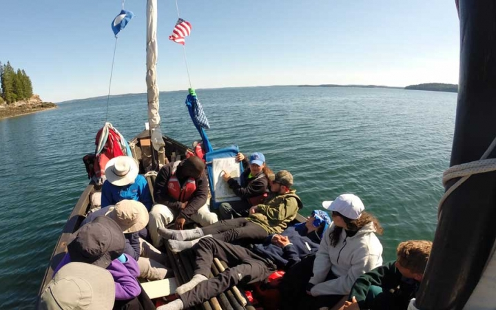adult sailing course in maine