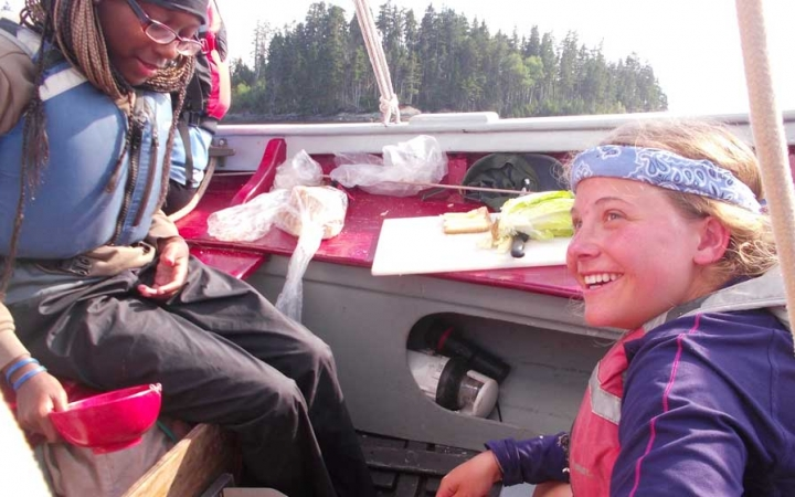 high schoolers learn life skills while sailing