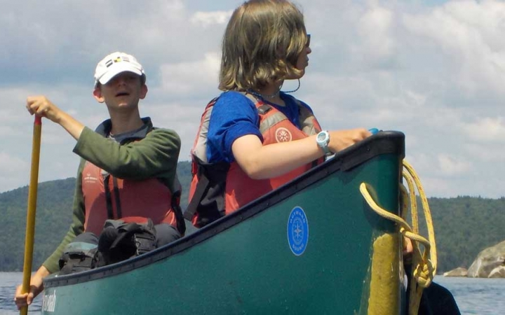 kids canoeing in maine