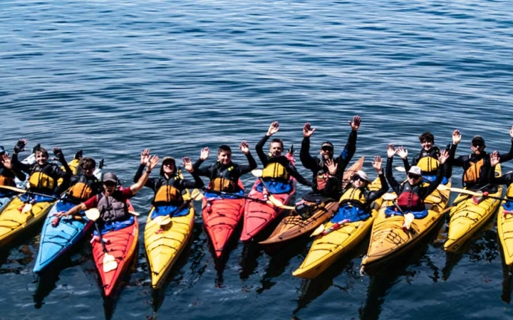 adult sea kayaking course