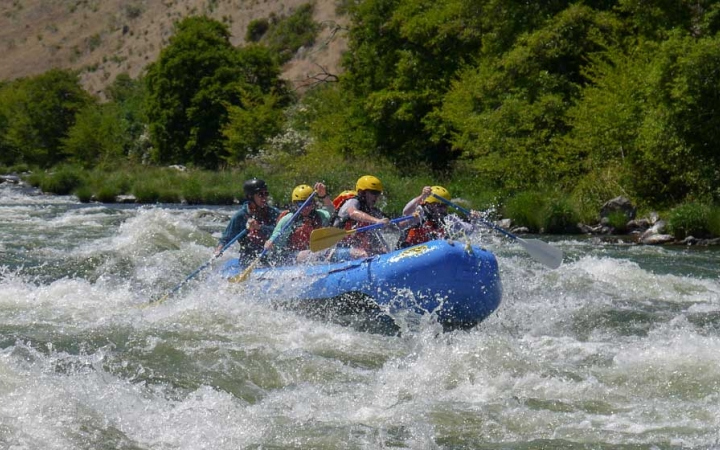 whitewater rafting adventure trip