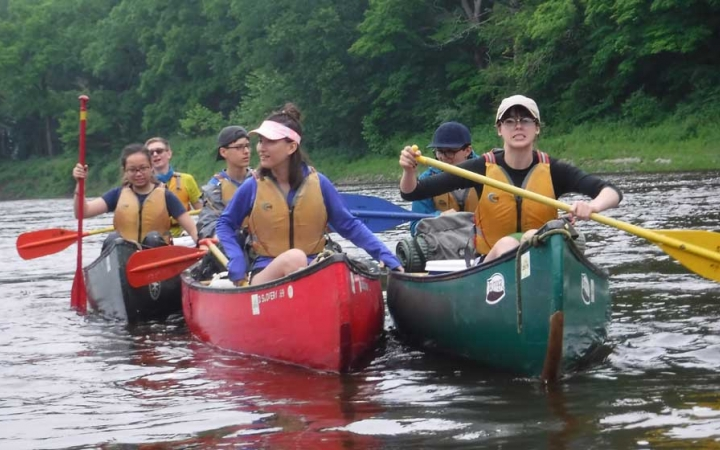 canoeing trip for teens in philadelphia