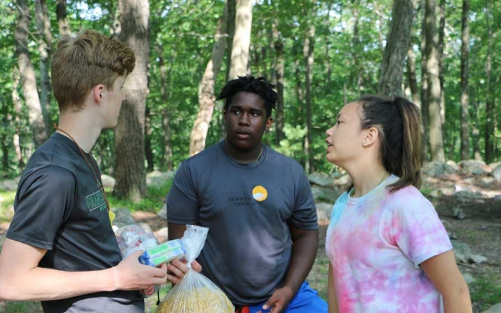 teens learn backpacking skills in philadelphia