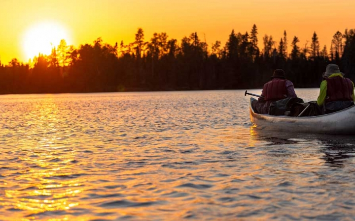 adults only canoeing trip in minnesota
