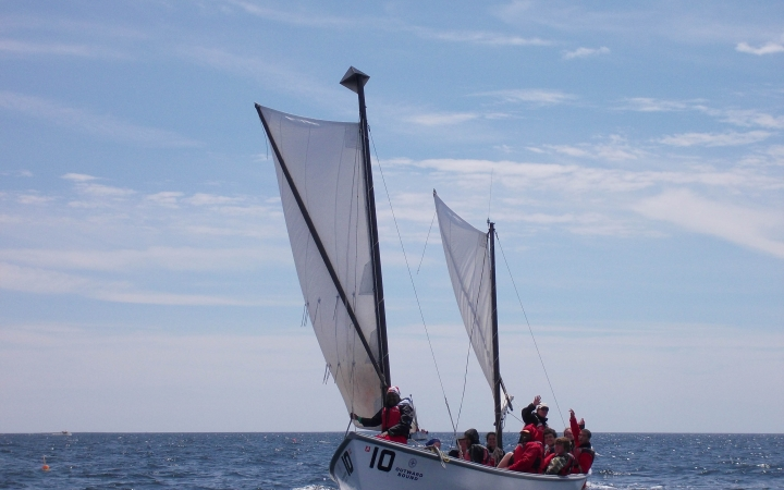sailing trip for young adults in maine